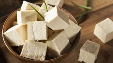 The Benefits and Risks of Eating Raw Tofu