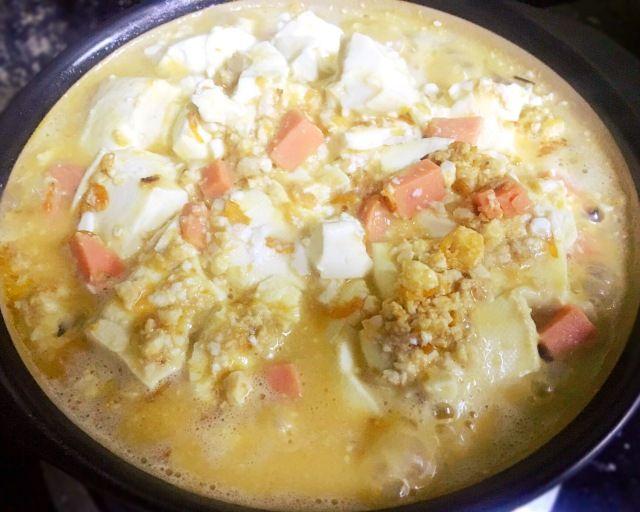 An Easy Tofu Recipe-Salted Duck Egg Stewed Tofu Step 7